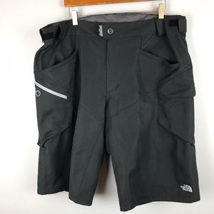 North Face Belted Black Shorts XL